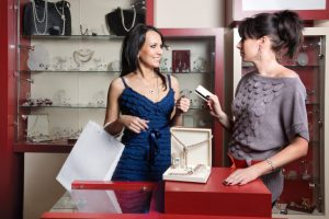 d056b41bd7743 How To Choose The Best Jewelry Stores To Buy From